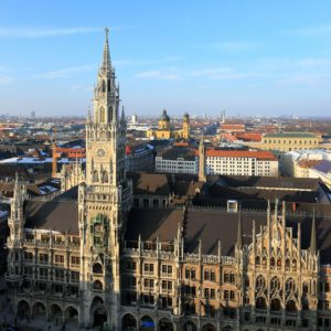 Neues_Rathaus_Munich_March_2013-1